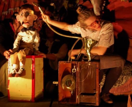 Three Kinds of Wilderness - Der Vorführeffekt Theatre Troupe